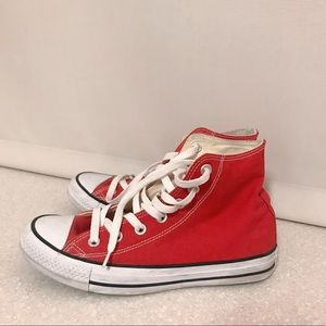 Red Converse | Chuck Taylor All Star High Top